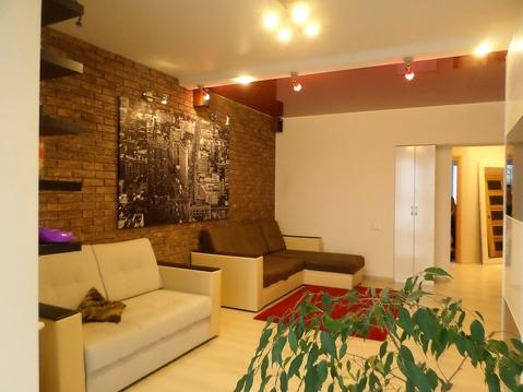 Продам 2 комнатную квартиру 65 кв.м - Фото 1