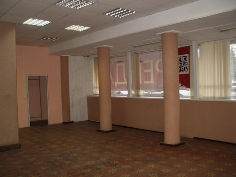 Торговое помещение на первой линии пр.Ленина - Фото 1