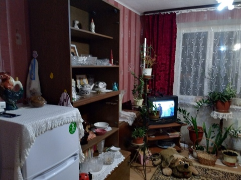 Продам комнату в 4-к квартире, Калуга город, Хрустальная улица 68 - Фото 1