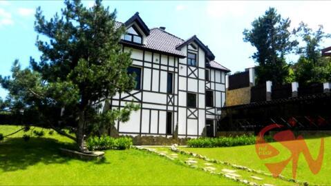 Предлагаю купить 3-этажный дом общей площадью 520 кв.м. в Ялте. До - Фото 1