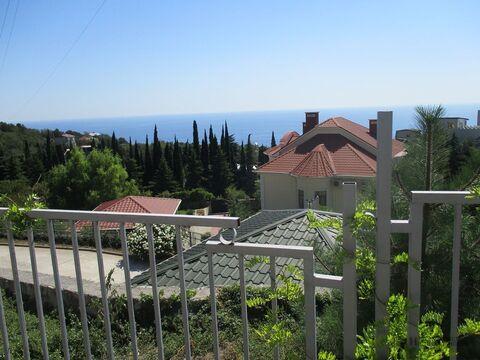 Участок с видом на море, в Никите,1 сотка.Малоэтажная жилая застройка - Фото 1