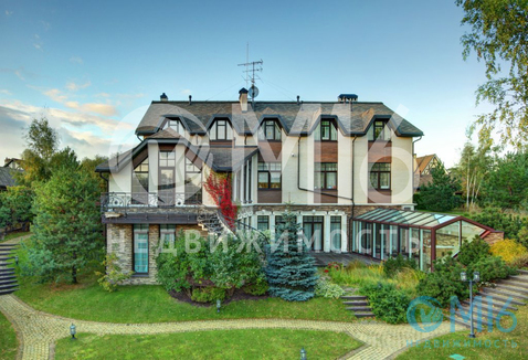 Роскошный особняк в пригороде Санкт-Петербурга - Фото 2