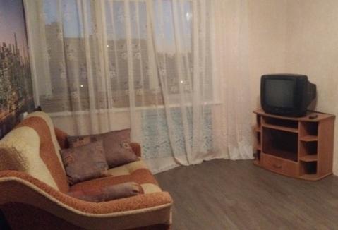 В квартире 8 комнат. Туалет на 2 семьи, душевая тоже.С мебелью (шкаф, . - Фото 1