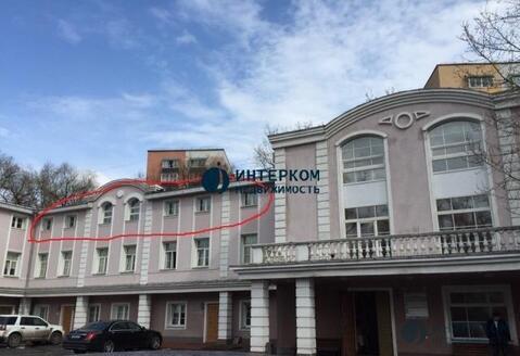 Сдается Блок из 4 (четырех) офисов, находится на 3 этаже здания - Фото 1