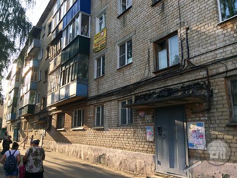 Продается комната с ок в 2-комнатной квартире, ул. Медицинская - Фото 1