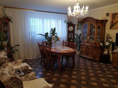 Продается квартира с ремонтом Петлякова 13 - Фото 1