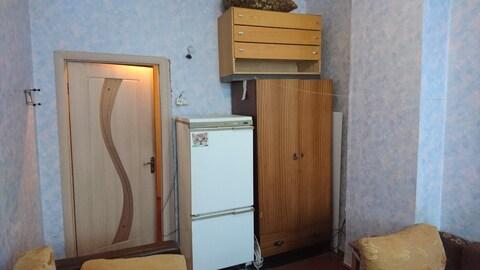 Комната в 3-комнатной квартире на 2 хозяина - Фото 1