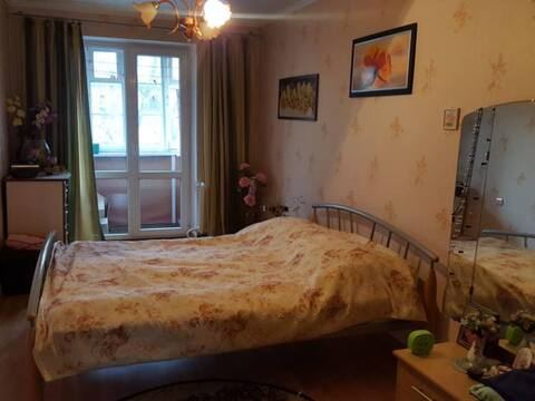 Продажа двухкомнатной квартиры на улице Багратиона, 130 в Калининграде, Купить квартиру в Калининграде по недорогой цене, ID объекта - 319810736 - Фото 1