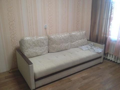 Сдается комната 16 метров, в четырехкомнатной коммунальной квартире. ., Аренда комнат в Ярославле, ID объекта - 700652009 - Фото 1