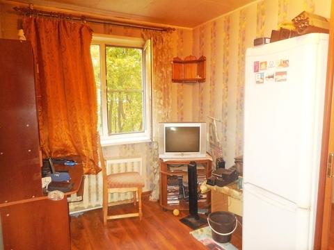 Комната в 2-х комнатной квартире 10 (кв.м). Этаж: 2/5 панельного дома. - Фото 2