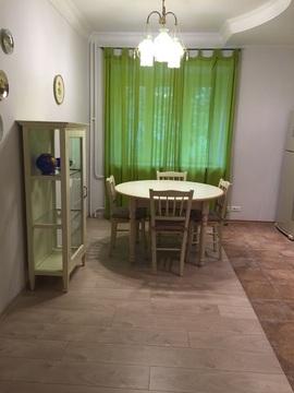 Сдается посуточно или на часы отличная однокомнатная квартира в центре - Фото 2