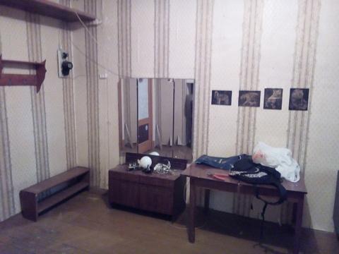 Аренда комн 19кв.м. с мебель и холодильником - Фото 4