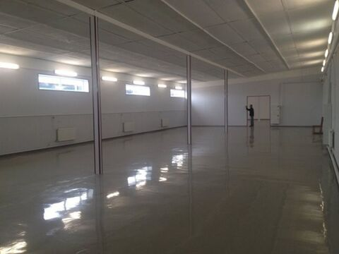 Сдам торговое помещение 400 кв.м, м. Звездная - Фото 1
