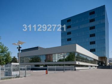 Высокая часть (840 кв.м), потолки 5 м. Низкая чать (542 кв.м), потол - Фото 2
