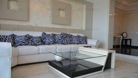 Продается двухкомнатная квартира с панорамным видом на море и город - Фото 2
