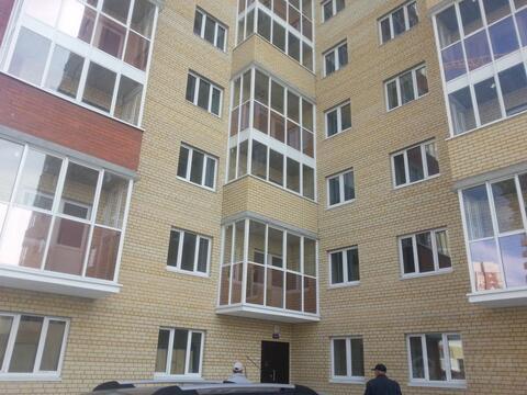 2 комнатная квартира в новом кирпичном доме, ул. Дружбы, д.73 к 2 - Фото 1