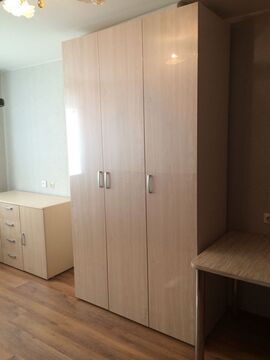 Продажа комнаты, Великий Новгород, Ул. Саши Устинова - Фото 1