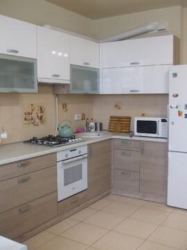 Сдается длительно однокомнатная квартира в новострое с новым ремонтом - Фото 1
