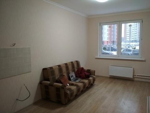 Сдаётся однокомнатная квартира в новом доме возле леса. - Фото 3