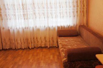 Аренда квартиры посуточно, Томск, Ул. Железнодорожная - Фото 1