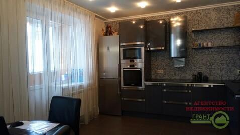 5 500 000 Руб., Продается двухкомнатная квартира с дизайнерским ремонтом на ., Купить квартиру в Белгороде по недорогой цене, ID объекта - 319069798 - Фото 1