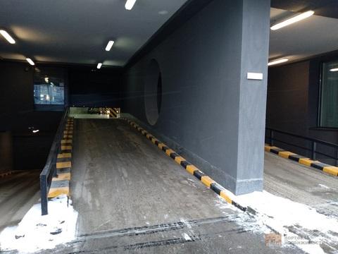 Машиноместо в ЖК Ultra City, подземный паркинг, место возле лифта - Фото 4