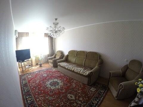 Продается 3 комнатная квартира с хорошим ремонтом - Фото 1