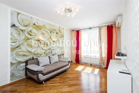 2 960 000 Руб., Продажа квартиры, Новосибирск, Адриена Лежена, Купить квартиру в Новосибирске по недорогой цене, ID объекта - 329246078 - Фото 1