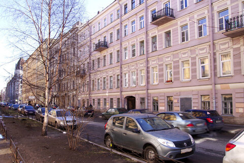 Продажа 4- комн. квартиры в центре Санкт-Петербурга - Фото 1