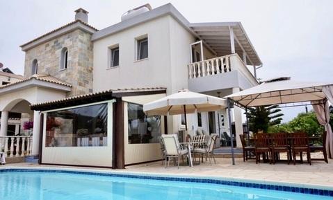 Впечатляющая 4-спальная вилла с видом на море в пригороде Пафоса - Фото 1