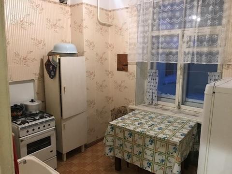 Продаю 2-х комнатную квартиру в г. Кимры, ул. Коммунистическая, д. 6. - Фото 1