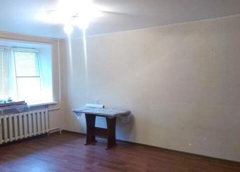 Квартира под нежилое, 31 кв.м проходное место - Фото 2