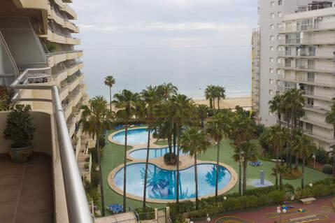 Трехкомнатные апартаменты на набережной города Кальпе - Фото 1