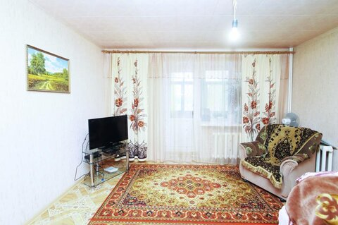Квартира в кирпичном одноподъездном доме, Купить квартиру в Ялуторовске, ID объекта - 322980290 - Фото 1