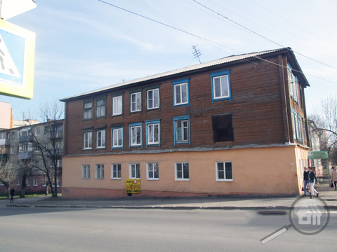 Продается 2-комнатная квартира, ул. Богданова - Фото 1