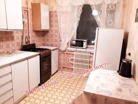 Сдается 2-х комнатная квартира 50 кв.м. ул. Аксенова 15 на 4 этаже. - Фото 1