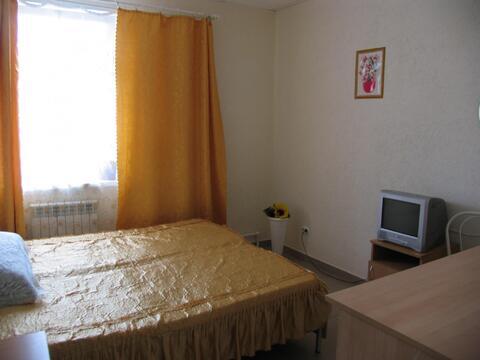 Отдельная комната без подселения, не агент, Квартиры посуточно в Екатеринбурге, ID объекта - 316491586 - Фото 1