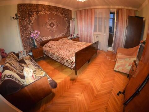 Продажа трехкомнатной квартиры на улице Космонавтов, 60 в Черкесске, Купить квартиру в Черкесске по недорогой цене, ID объекта - 320232697 - Фото 1