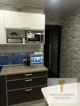 Двухкомнатная квартира с качественным ремонтом по ул. 33 Армии - Фото 1