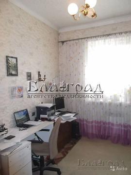 Объявление №61943383: Продаю 4 комн. квартиру. Челябинск, ул. Барбюса, 1,