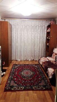 520 000 Руб., Продажа комнаты, Барнаул, Улица Германа Титова, Купить комнату в квартире Барнаула недорого, ID объекта - 701169772 - Фото 1