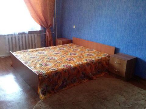Улица Октябрьская 1; 4-комнатная квартира стоимостью 28000 в месяц . - Фото 1