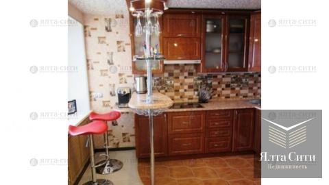 Продажа 3-комнатной квартиры в Гурзуфе - Фото 1