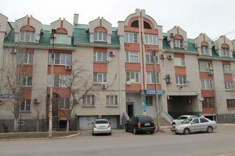Продажа квартиры, Астрахань, Ул. Ахшарумова - Фото 1