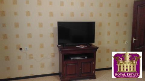 Сдам большую 4-х комнатную квартиру в центр с ремонтом в новострое, пл - Фото 3