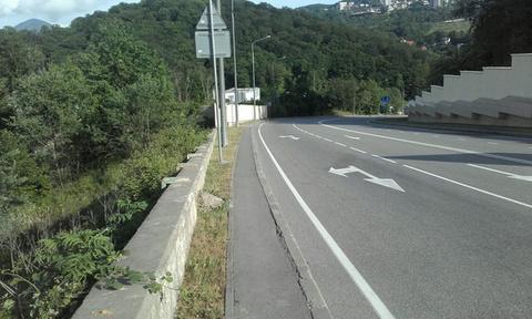 Участок вдоль трассы по дороге под коммерцию - Фото 2