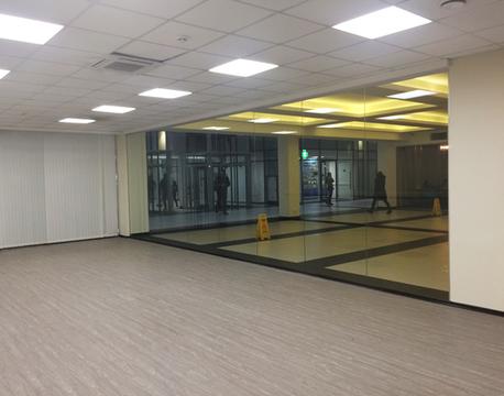 Аренда торгового помещения 70.3 кв.м с отделкой в БЦ класса B+. 150. - Фото 5