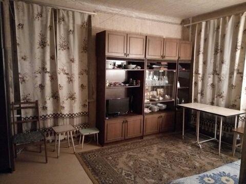 Продается однокомнатная квартира в центре г.Узловая ул.Трегубова д.41 - Фото 1