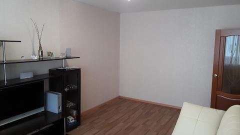 Продам 2 ком. квартиру с ремонтом в 11 м- не - Фото 2