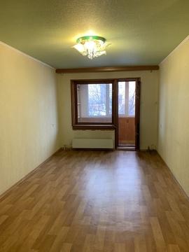 Продам квартиру из трех комнат по улице Старостина, дом 7 - Фото 4